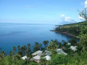 Pantai Desa Merdeka